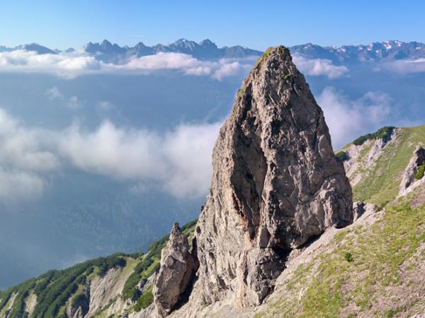 Am Anstieg zum Kreuzjöchl, im Hintergrund die Stubaier Alpen