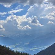 Beeindruckende Wolkenstimmung welche eine recht labile Luftschichtung vermuten lassen!